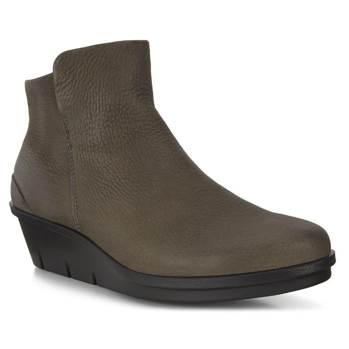 Ecco Women's Skyler Wedge Bootie - Grey