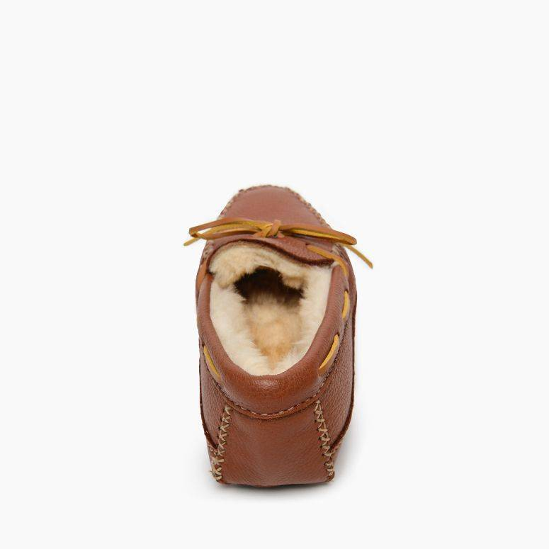Men's Minnetonka Sheepskin Moose Slipper - Carmel