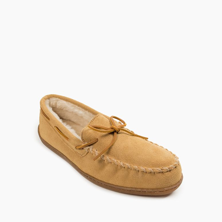 Men's Minnetonka Piled Lined Hardsole Slippers - Tan