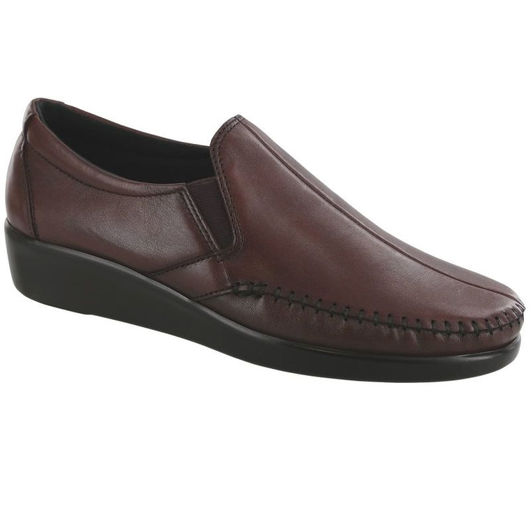 SAS Women's Dream Slip On Loafer - Wine