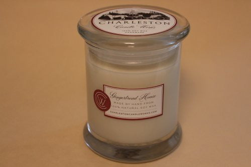 Soy candle that smells like a gingerbread house.