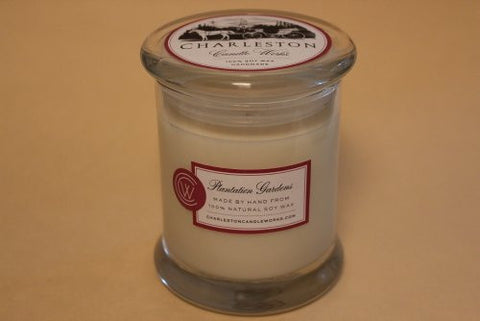 Soy candle, plantation garden.