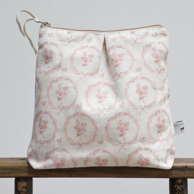 Rhubarb Pink Britta Wreath Washbag