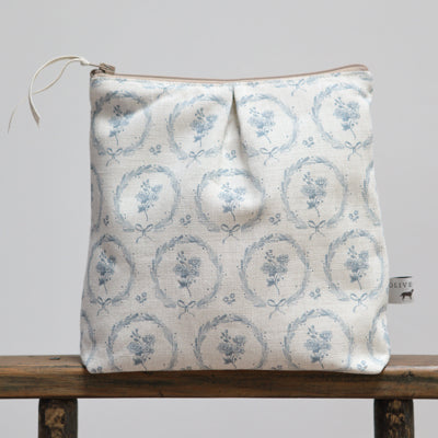 Storm Blue Britta Wreath Washbag