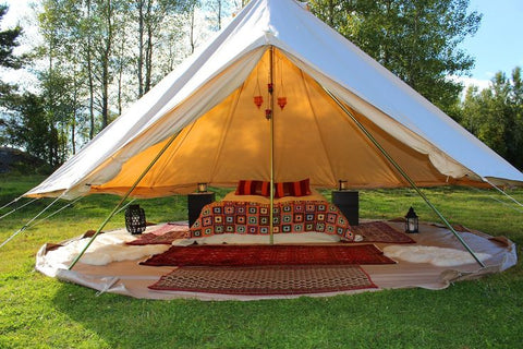 Now hereu0027s another thing I LOVE about this tent! This isnu0027t a picture of mine but mine does this. When itu0027s hot you just unzip the sides and roll them up ... & The Bohemian Glamping Tent and How to Set up Your Own! u2013 www ...