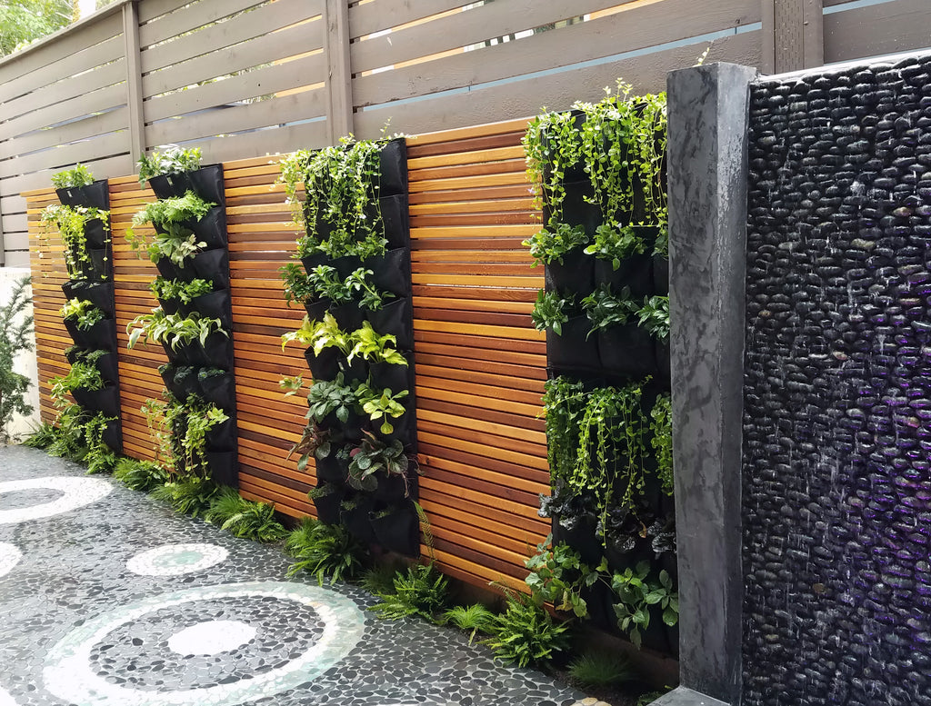 Vertical Living Wall 12 Pocket Outdoor Vertical Living Wall Planter u2013  www.delectablegardenshop.com
