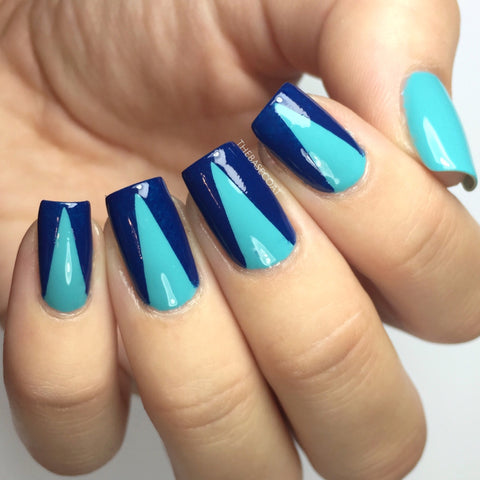 Deep V Triangle Nail Vinyls (Regular)