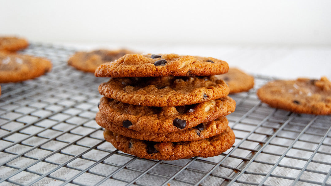 Chocolate chip almond keto cookies