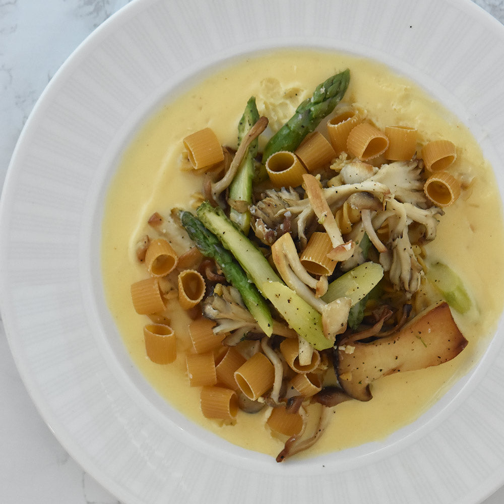 KNOW better grain-free pasta with mushrooms and cream sauce