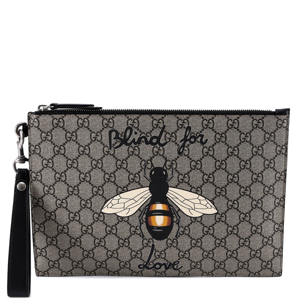 3b08b7abccc1 Gucci Blind For Love Bee Clutch Bag – Cettire