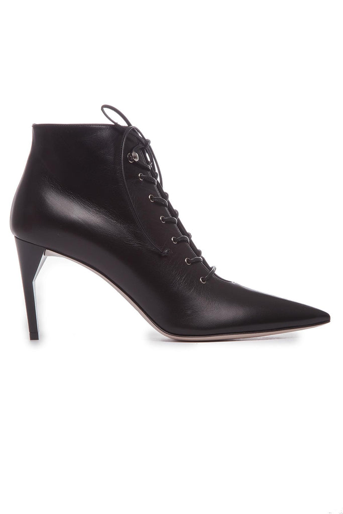 8b411e97073 Miu Miu Pointed Lace-Up Ankle Boots – Cettire