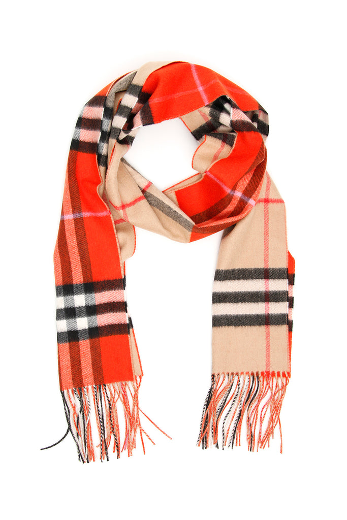 302a3cff29b Burberry Reversible Giant Check Scarf – Cettire
