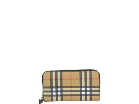 Burberry Classic Zipped Wallet
