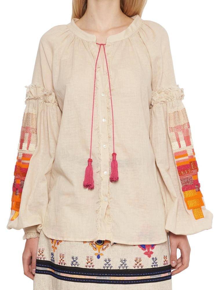 WANDERING TASSLE EMBROIDERED TOP