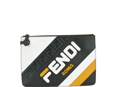 Fendi FendiMania Zipped Clutch Bag