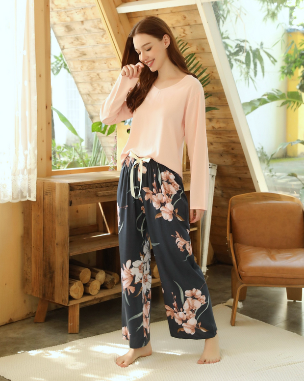 Orchid Long Sleeved 2 Piece Set