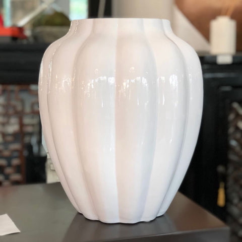Larissa Ribbed Vase (Short)