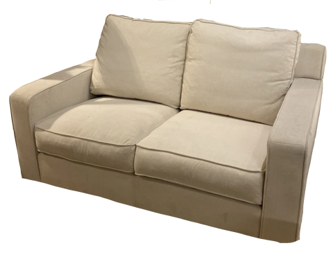 William Love seat 2336 C-825 2S (ON SALE)