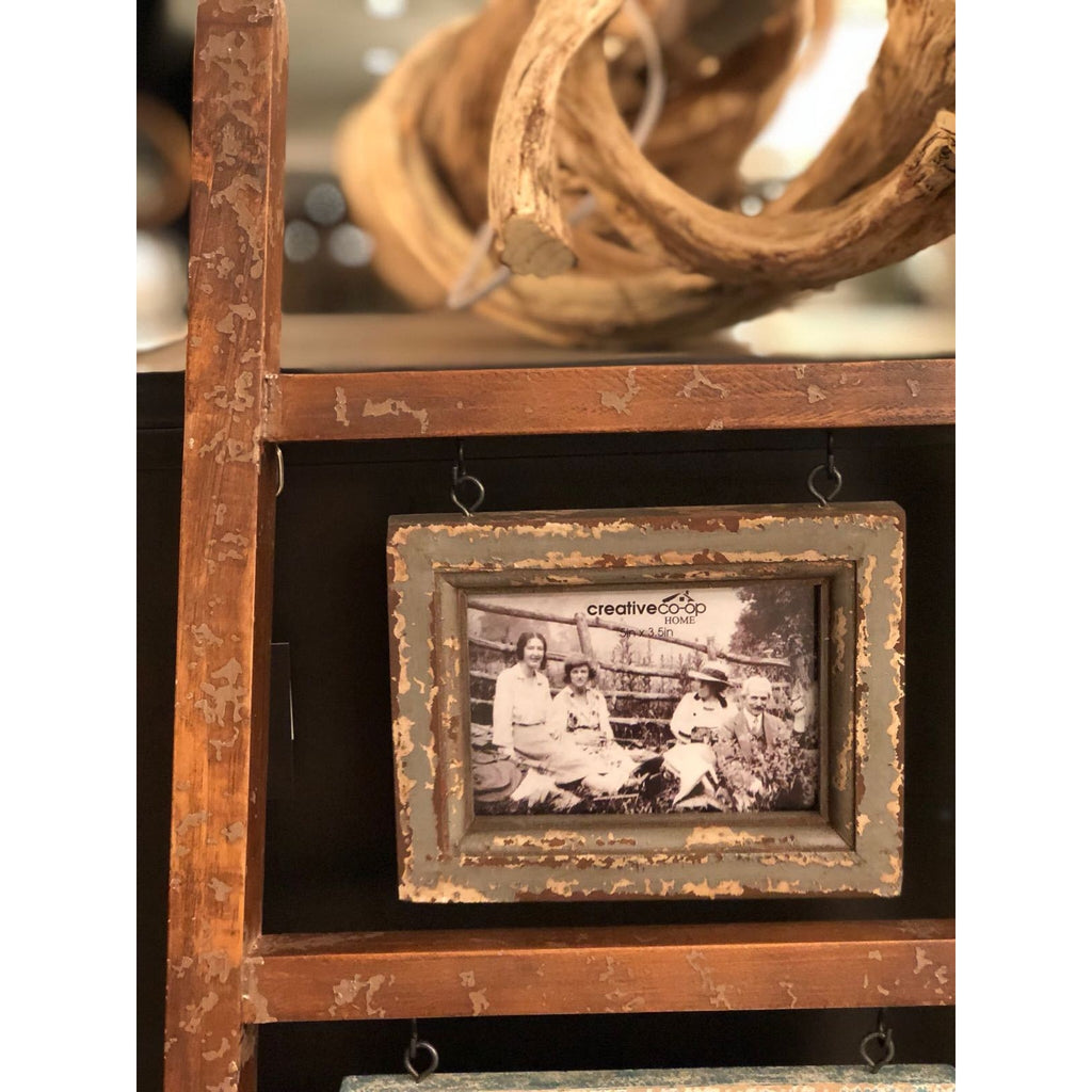 "Wooden Photo Frame Ladder w/ 6 Frames, Photo Sizes: 3.5"" x 5"",4"" x 6"", 5""x 7"" & 8"" x 10"""