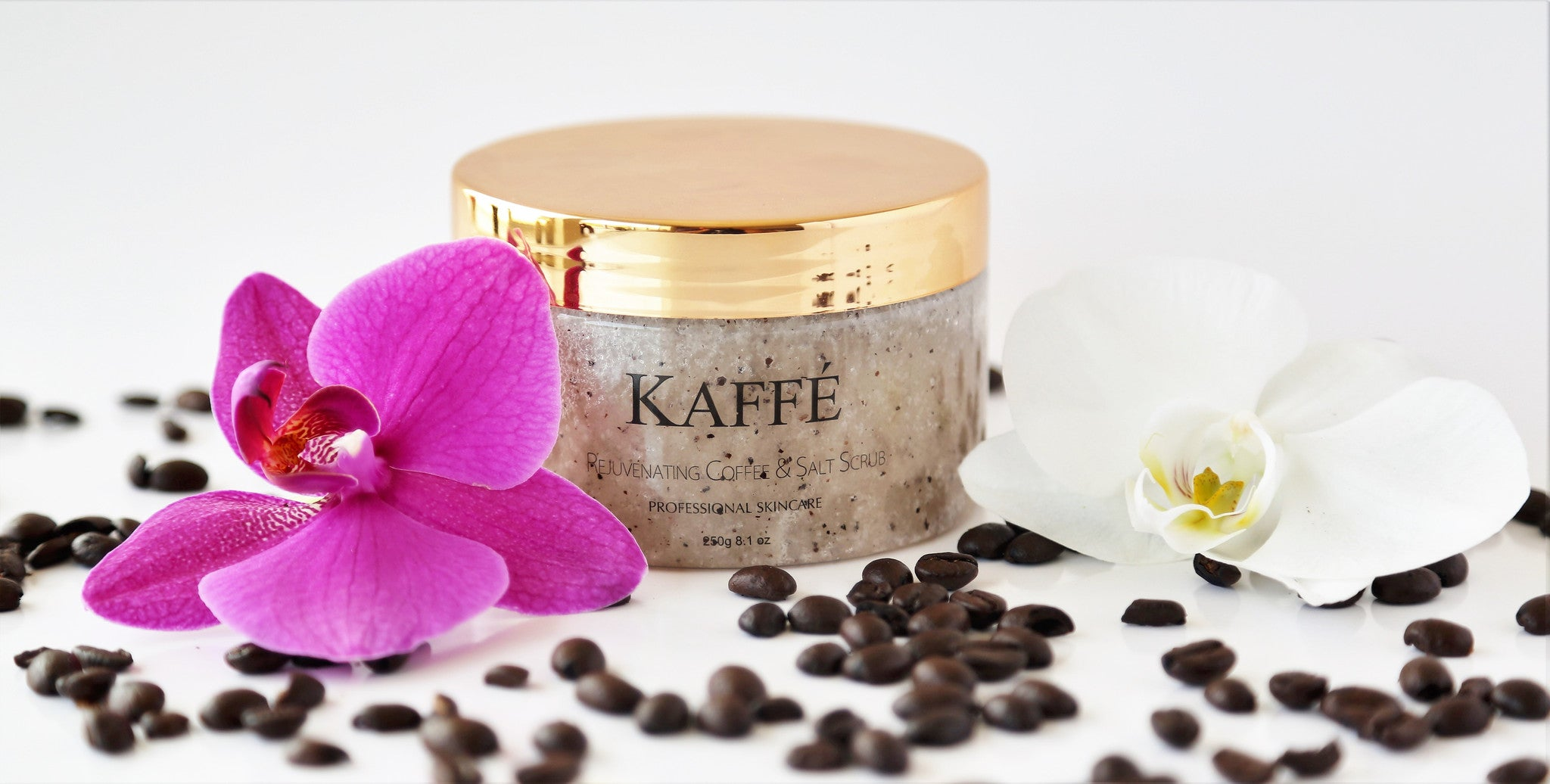REJUVENATING COFFEE & SALT SCRUB