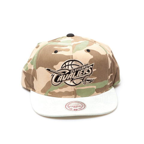Cleveland Cavaliers Official NBA New Era Snapback Cap - Camo/White