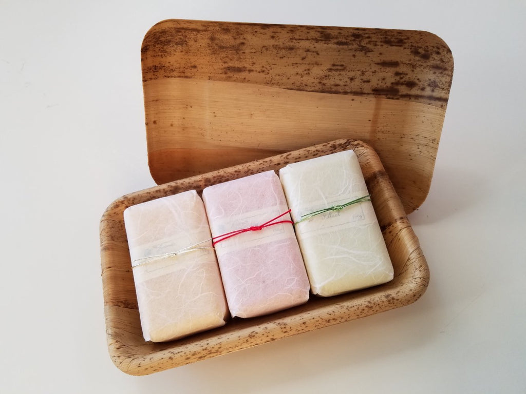 3 French Soap Set in Bamboo Box (S)