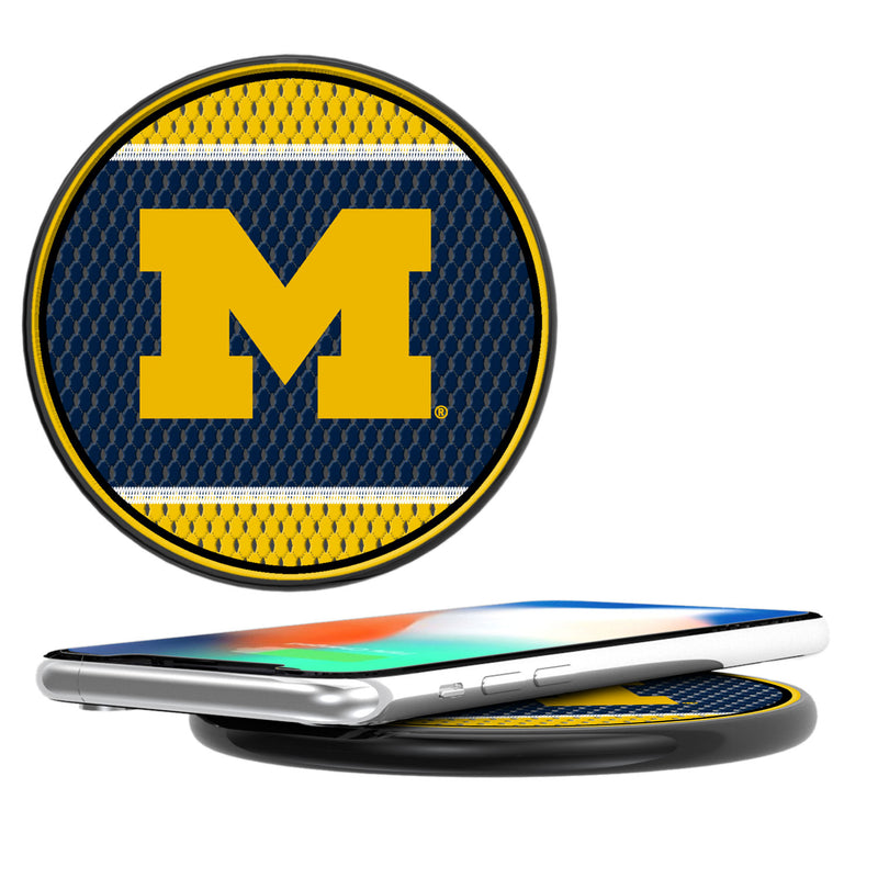 Michigan Wolverines Mesh 10-Watt Wireless Charger
