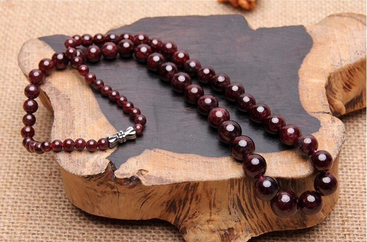Natural Red Garnet Beads Necklace 20""