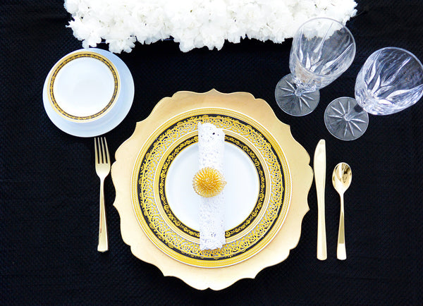 Mix and Match Royal Collection Black/Gold with Inspiration Gold Party Package - Royalty Settings