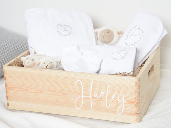 Personalised new baby hamper