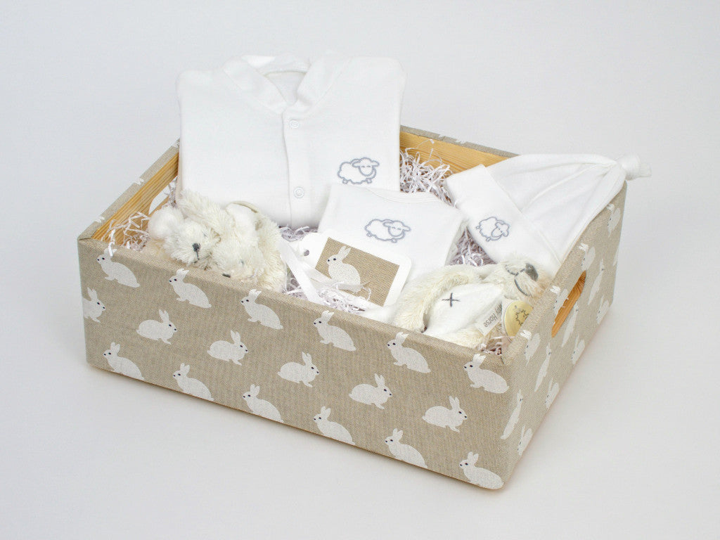 Rabbit Baby Hamper (Unisex)