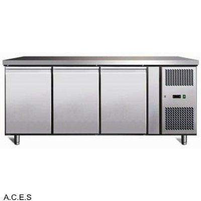 GREENLINE BENCH FREEZER 3 Door 417L