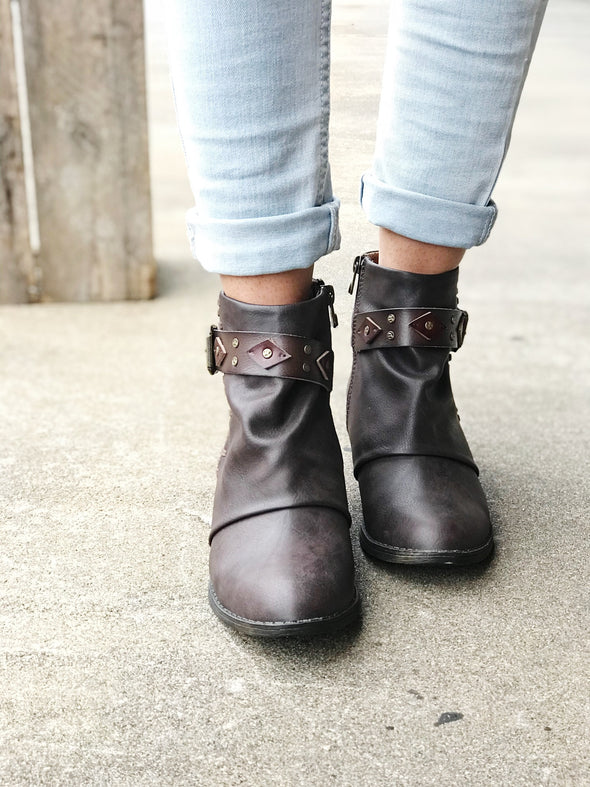 chocolate brown buckle bootie