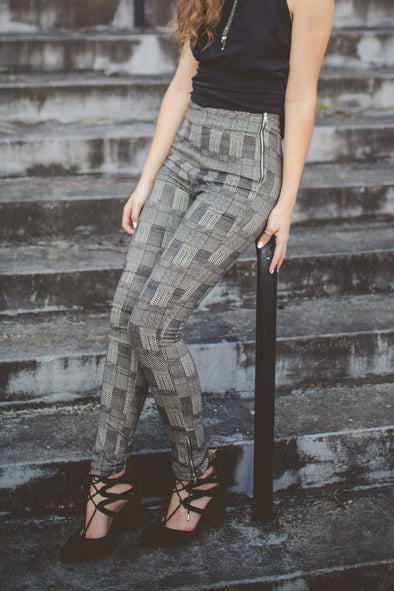 Big City Black and White Print Skinny Pant