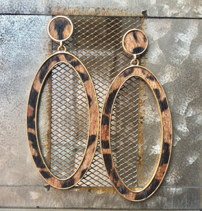 oval loop leopard earrings