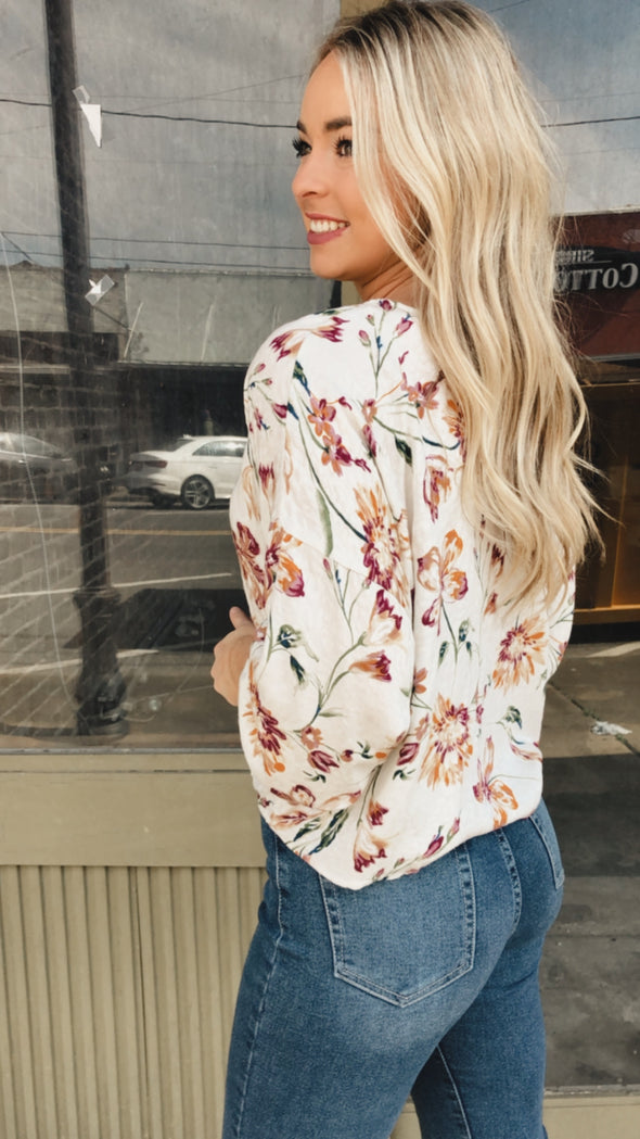 Fran Floral Cream Cheetah Top