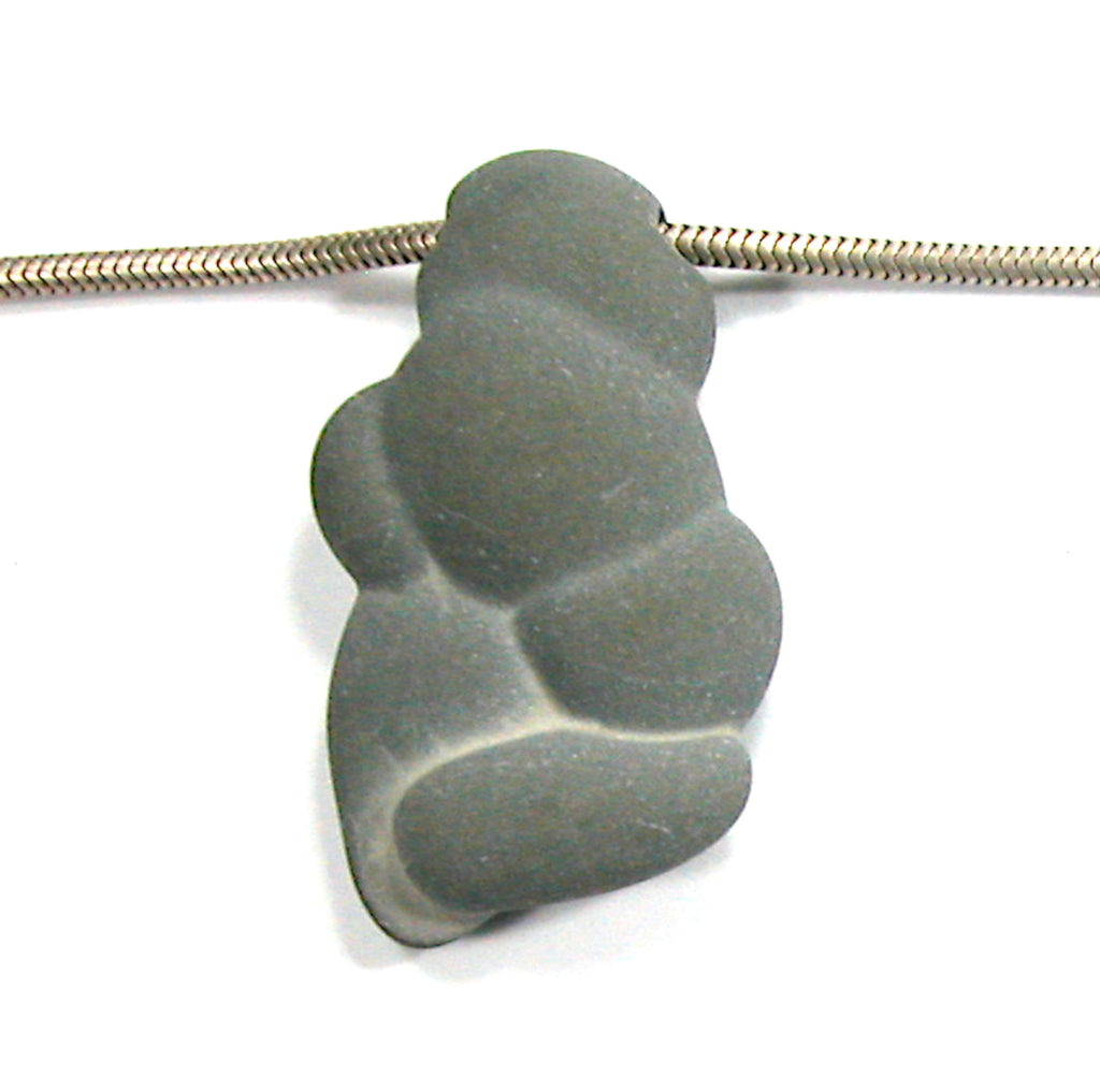 DVH Fairy Stone Concretion Bead Pendant Goddess Rock Quebec  46x26x11 (3097)