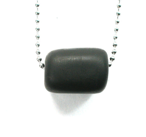 DVH Genuine Jet Mourning Bead Pendant Jewelry Necklace 24x18x18 (2744)