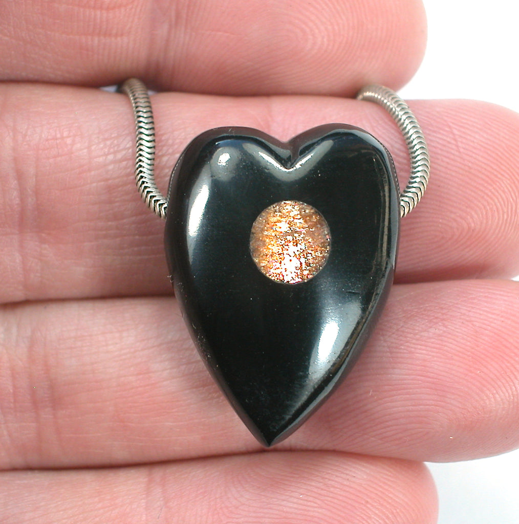 DVH Jet Mourning Heart Bead Pendant Sunstone Inlay Jewelry 28x20x13 (3061)