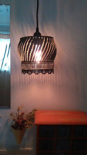 Scallop Pattern Pendant Light