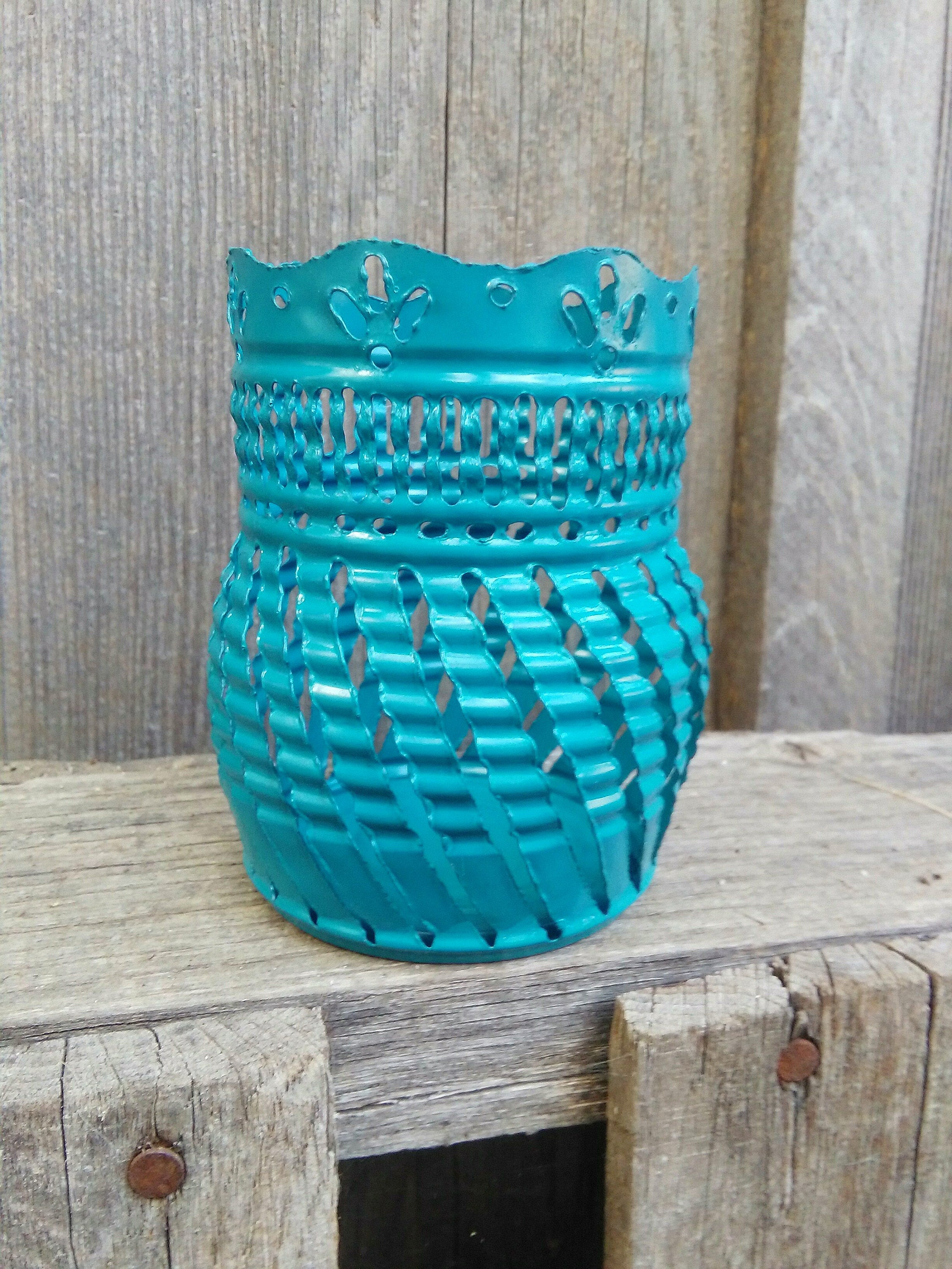 Scalloped Top Luminary Candle Holder