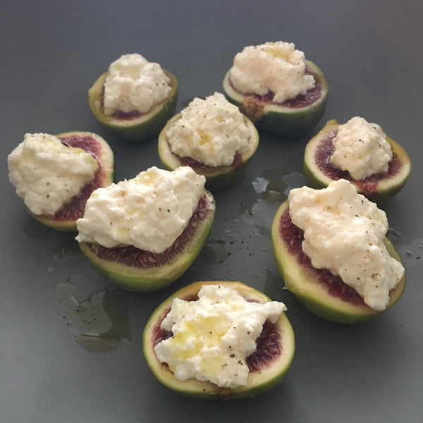 Fresh Figs with Ricotta