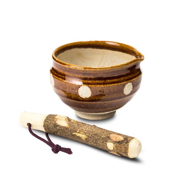 Suribachi and surikogi (mortar & pestle)