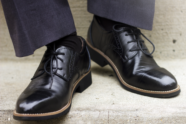 the three essential rules of socks and dress shoes