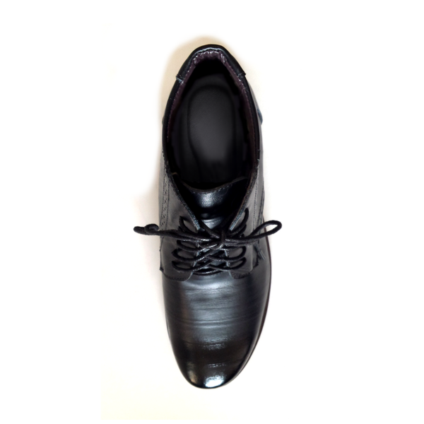 The Barrister's Boots in Black