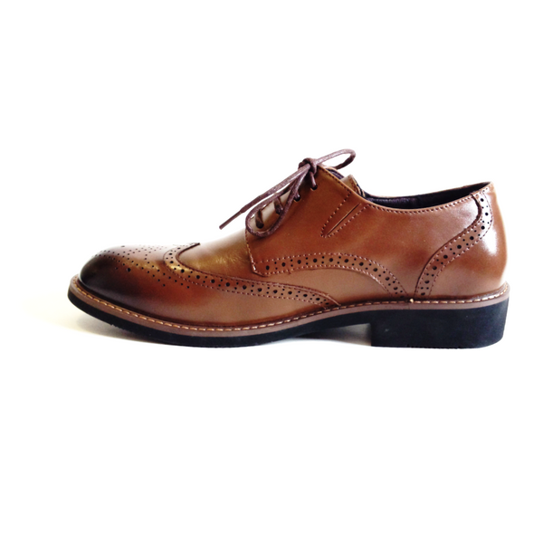 The Wingtip Commanders in Coffee Brown