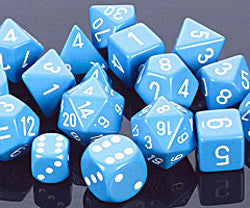 7CT OPAQUE POLY LIGHT BLUE/WHITE DICE SET - Boardlandia