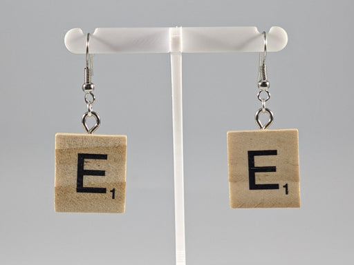 Scrabble Earring: Light Natural - E