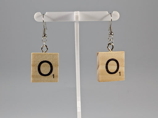 Scrabble Earring: Light Natural - O
