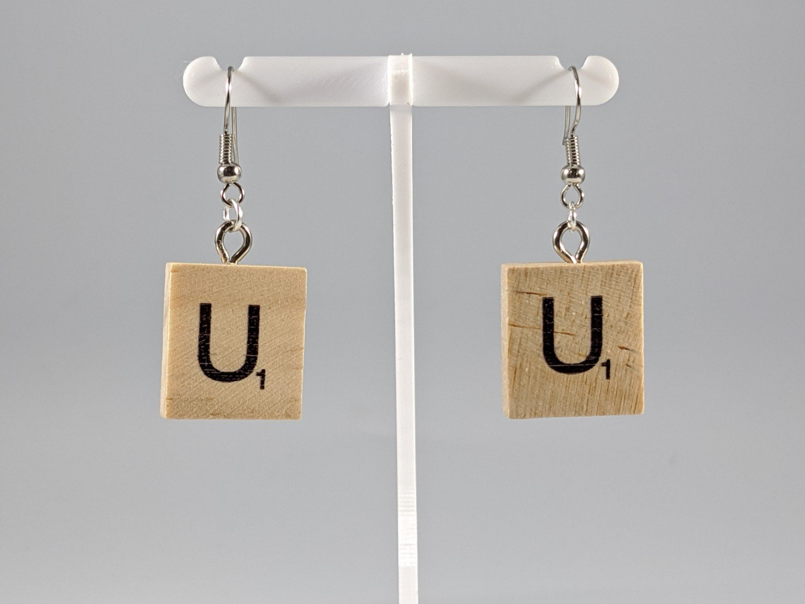 Scrabble Earring: Light Natural - U